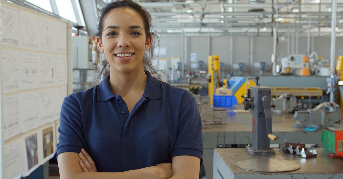 LI-Portrait-Of-Female-Engineer (1)