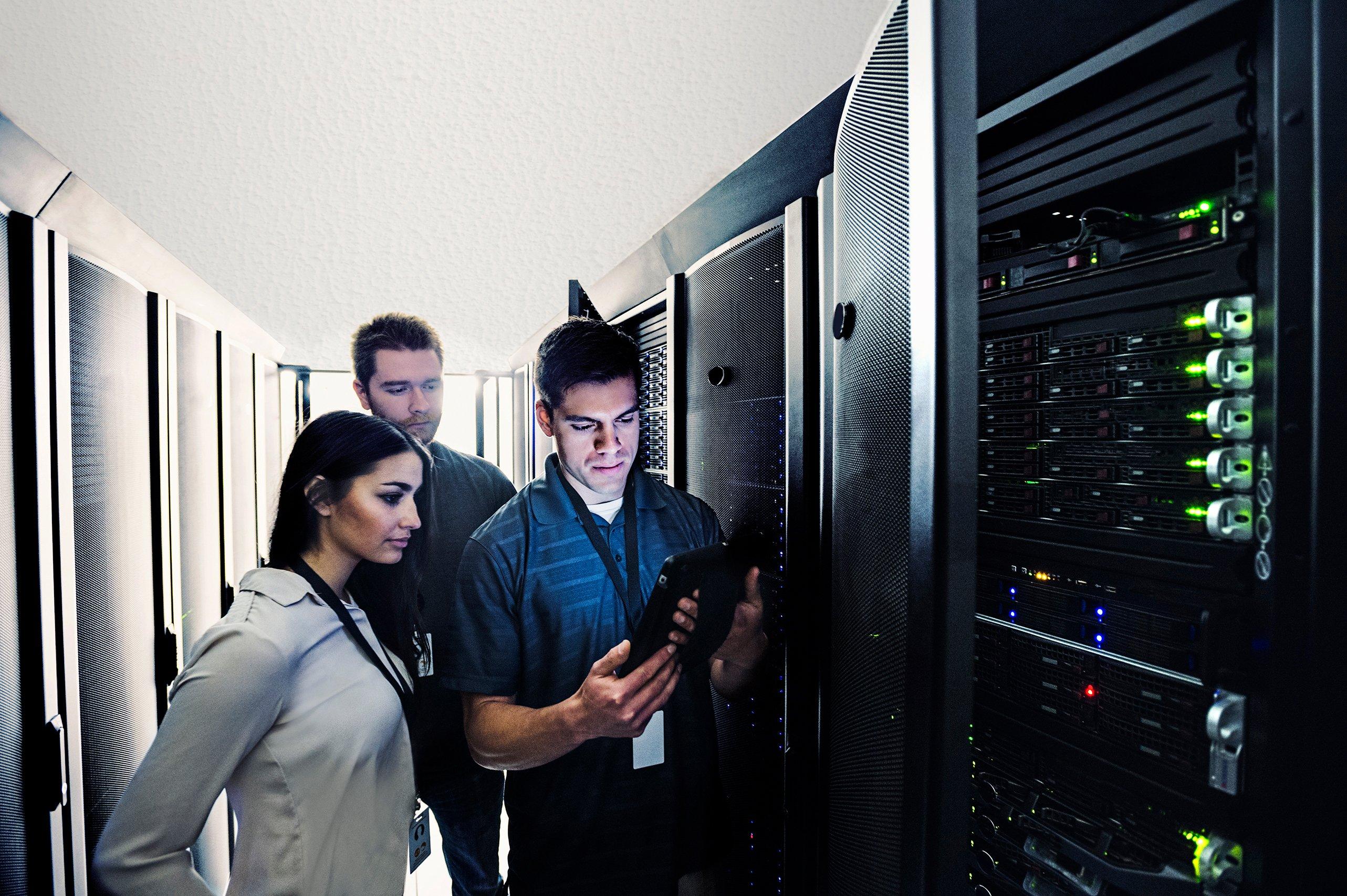 ALL_IT_techs_server_rgb_150